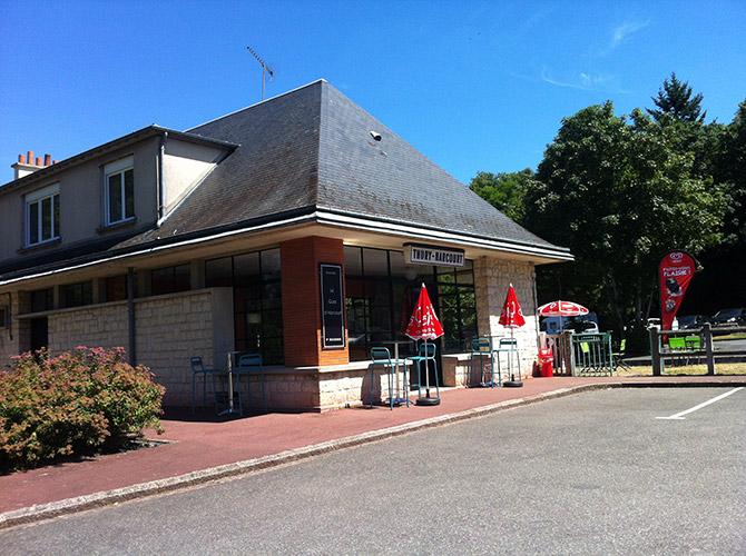 Thury-Harcourt : buvette et petite restauration