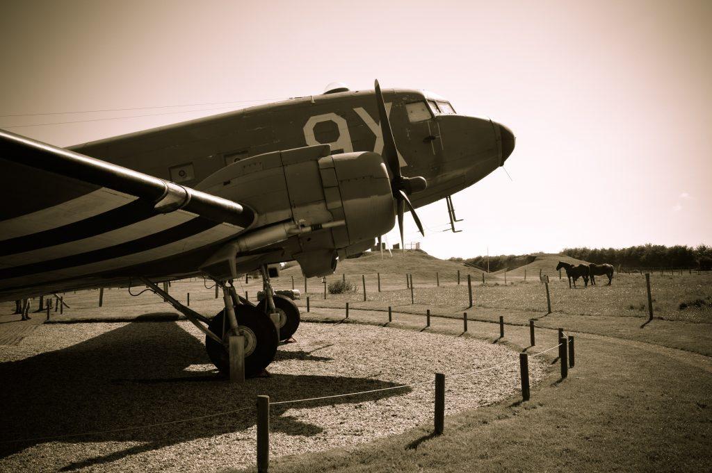 avion Douglas C-47