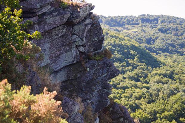 La roche nommée le profil Humain